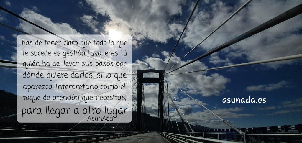 Imagen sobre el puente de Rande de los tirantes y nubes